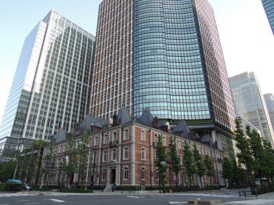 三菱一号館美術館を含む丸の内ブリックスクエア